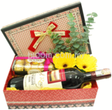 Wine & Gifts 10