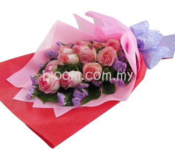 Rose Hand Bouquet 06