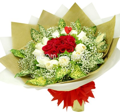 Rose Hand Bouquet 48