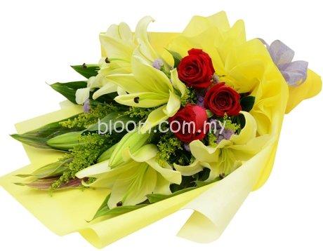 Mix Hand Bouquet 04